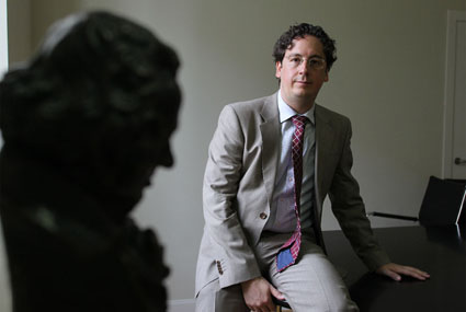 20110223090127-entrevista-carlos-cuadros.jpg